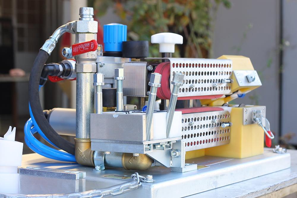 FIBER OPTIC CABLE BLOWING MACHINE - UP-MINI